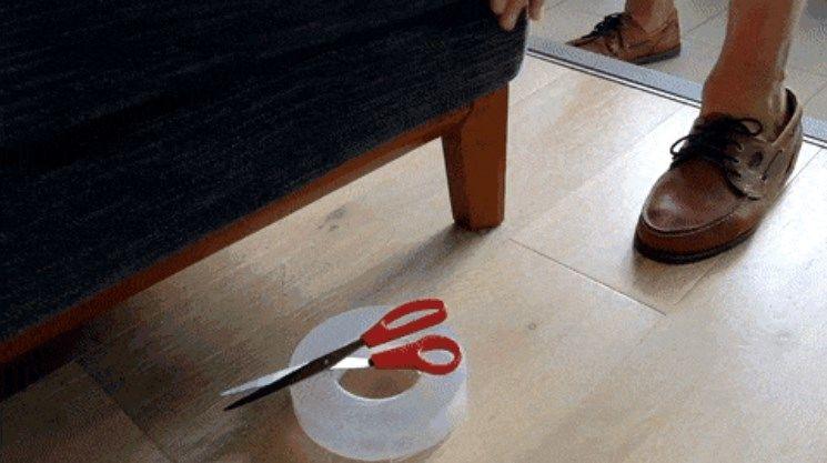 家具の固定