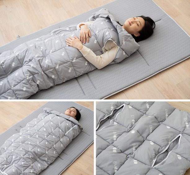 寝袋スタイル